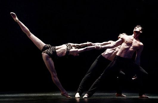 Премьера балетного диптиха Terra Nova/Новая Земля: «Занавес», «Step Lightly» в Екатеринбургском театре оперы и балета