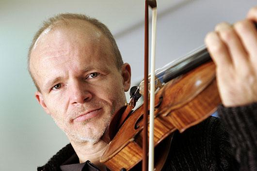 В Москве выступил легендарный скрипач и дирижер Томас Цетмайр