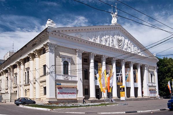Власти Воронежа не планируют сносить здание театра оперы и балета