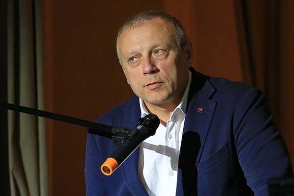 Андрей Устинов провел творческую встречу в рамках фестиваля «Музыкальная шкатулка»