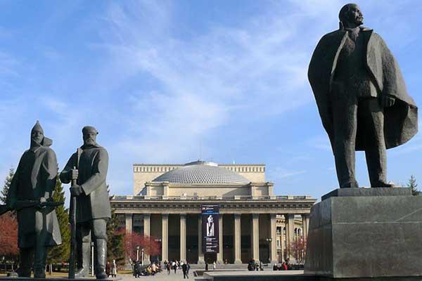 Мэрия Новосибирска и Оперный театр поссорились из-за Шостаковича