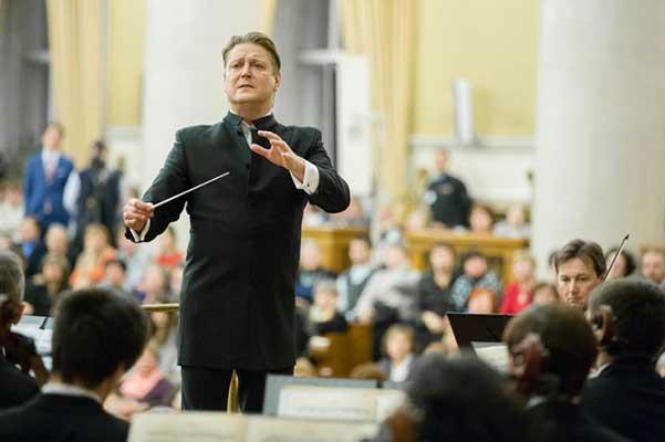 Александр Сладковский: «Малер — та ступень, без которой невозможен Шостакович»