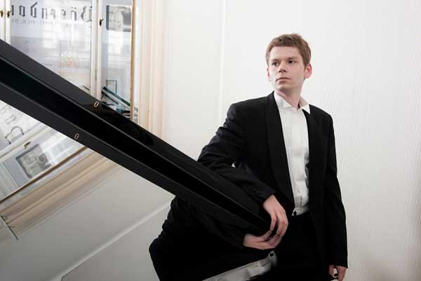 Андрей Гугнин выиграл Международный конкурс пианистов в Сиднее, Австралия