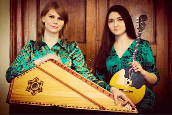 Студентки музыкального техникума оштрафованы судом за игру на площади в Москве