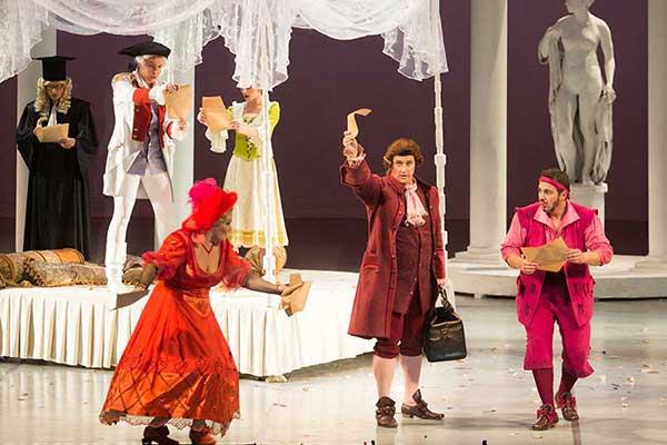 Михаил Кисляров поставил «Свадьбу Фигаро» в Большом театре Беларуси