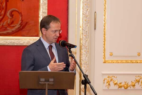 Владимир Мединский вручил государственные награды деятелям культуры и искусства