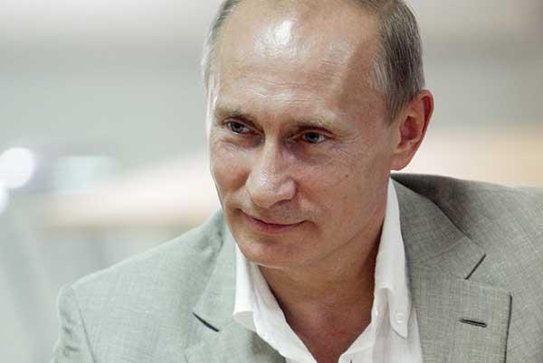 Владимир Путин поздравил преподавателей и выпускников Московской консерватории с юбилеем