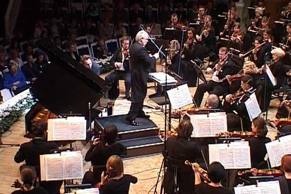 Победитель MusicDocFest — фильм Дмитрия Конюшенко «Кому нужна симфоническая музыка?»