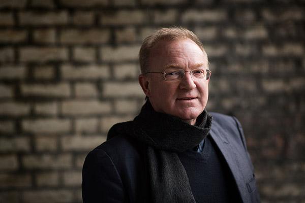 Мартин Браббинс стал новым музыкальным руководителем Английской национальной оперы