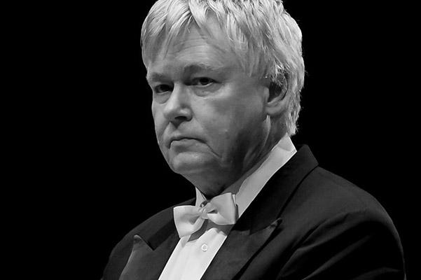 Ушел из жизни венгерский пианист, дирижер и композитор Золтан Кочиш