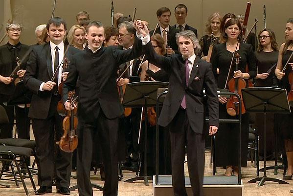 Омский симфонический оркестр выступил в Москве и Санкт-Петербурге