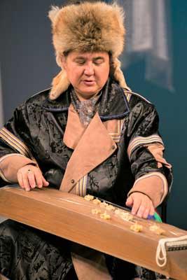 В Хакасской филармонии состоялась премьера героического эпоса «Айдолай»