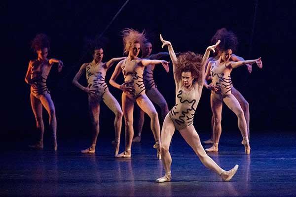 19 марта на Новой сцене Большого театра состоятся премьеры одноактных балетов «Клетка», «Русские сезоны» и «Этюды»