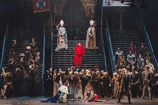 """Опера Дж. Верди """"Жанна д'Арк"""", спектакль Ростовского музыкального театра"""
