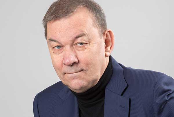 Владимир Урин: «Театр — искусство сегодняшнего дня»