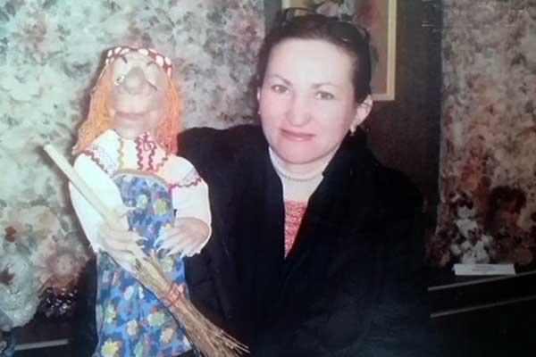 Сотрудница Волгоградской филармонии начала голодовку