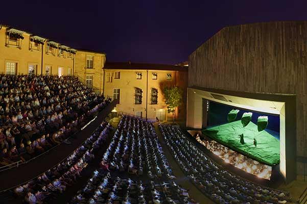 Большой представляет: Экс-ан Прованс в Москве, знаменитые спектакли знаменитого фестиваля
