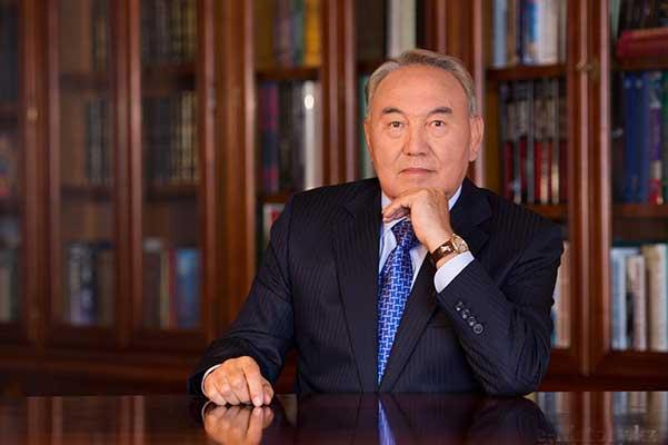 Назарбаев распорядился до конца года разработать правила перехода казахского алфавита на латиницу