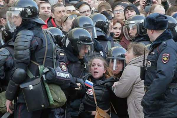 Сергей Медведев: «Возраст несогласия»