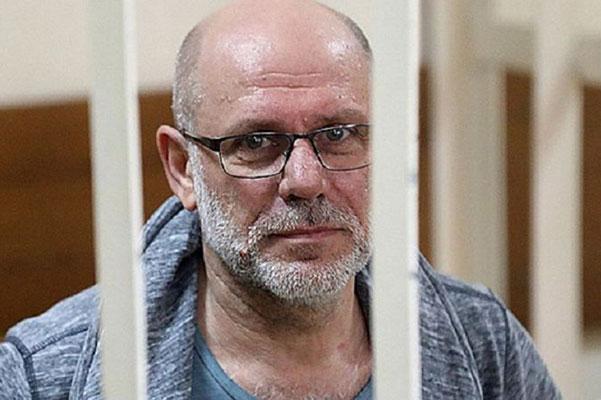 «Свободу Малобродскому» — театры по всей России выступают против ареста экс-директора «Гоголь-центра»