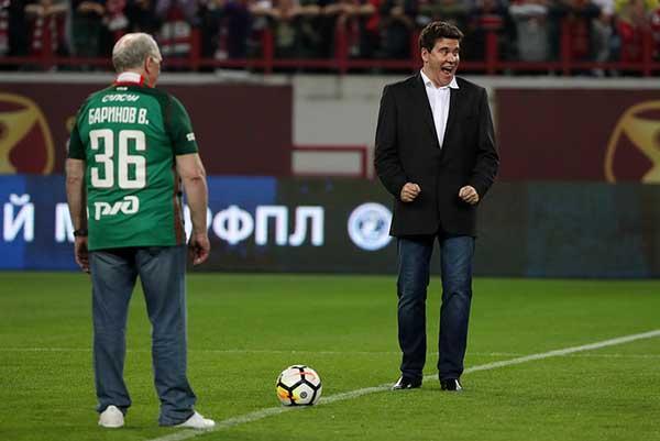 sochinenie-reportazh-na-istoricheskuyu-temu-futbolniy-match-8-klass