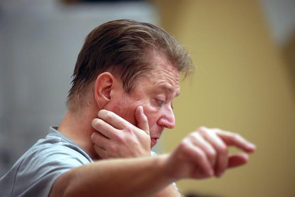 Дирижер Сладковский провел мастер-класс для Мирового молодежного симфонического оркестра на фестивале молодежи и студентов