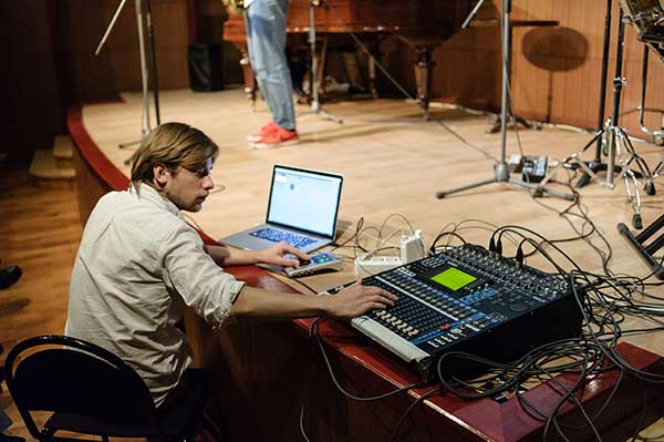 Состоялся первый концерт «Персона – композитор. Музыка будущего. Станислав Маковский. Представление и интервью — Андрей Устинов» (фотогаллерея)