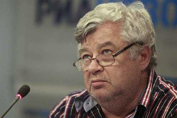 Председатель Союза журналистов России Всеволод Богданов: «Я устал, Я ухожу»