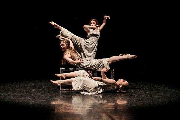 Санкт-Петербургский дом танца «Каннон данс» 13 и 14 декабря празднует 20-летие
