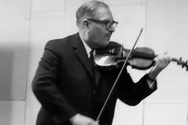 Прием заявок на участие в IV Международном конкурсе скрипачей продлится до 22 января