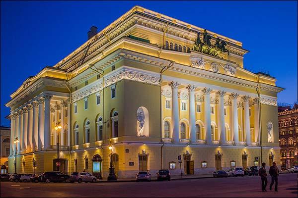 Власти Сахалина и Александринский театр подписали соглашение о сотрудничестве