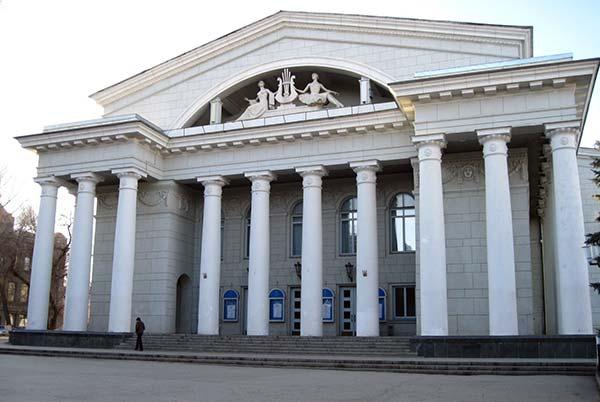 В Саратове могут снести театр оперы и балета