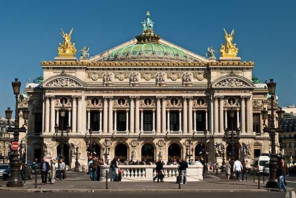 Балет Парижской Национальной оперы прибыл на гастроли в Новосибирск