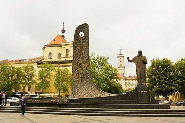 Во Львовской области запретили публично исполнять песни на русском языке