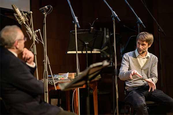 Состоялся первый вечер абонемента «Персона-композитор. Представление и интервью — Андрей Устинов». Александр Маноцков «Время времени» (фотогалерея)