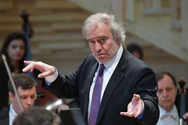 Гергиев призвал изучить работу театров для распределения финансирования