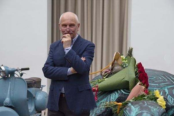 Выставка Владимира Арефьева в Московском академическом музыкальном театре