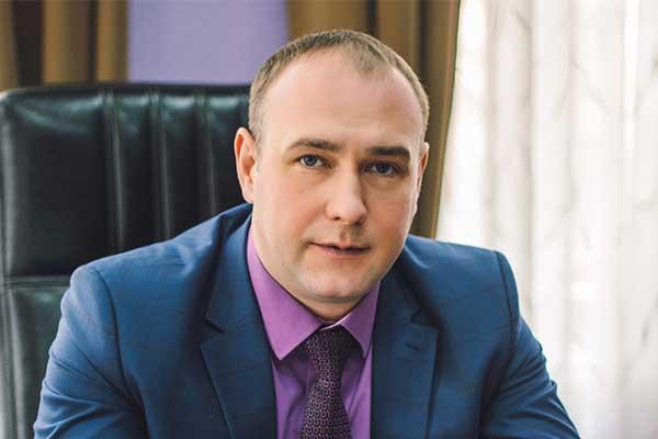 Директору Курской филармонии вернули должность после протеста коллектива