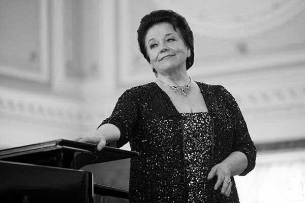 Оперную певицу Ирину Богачеву похоронили на Новодевичьем кладбище в Санкт-Петербурге