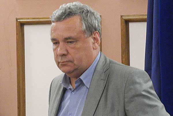 <strong>Судьба директора. Останется ли Александр Марченко во главе НСМШ?</strong>