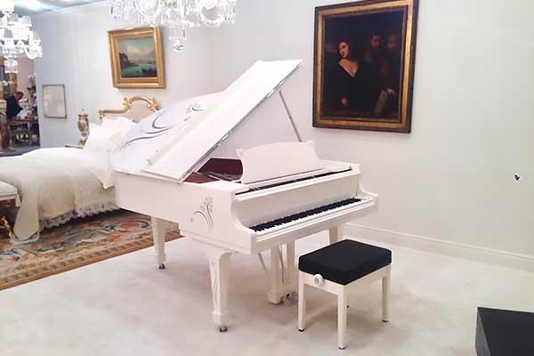 Heliconia — уникальный рояль от Steinway & Sons и фирмы Lalique