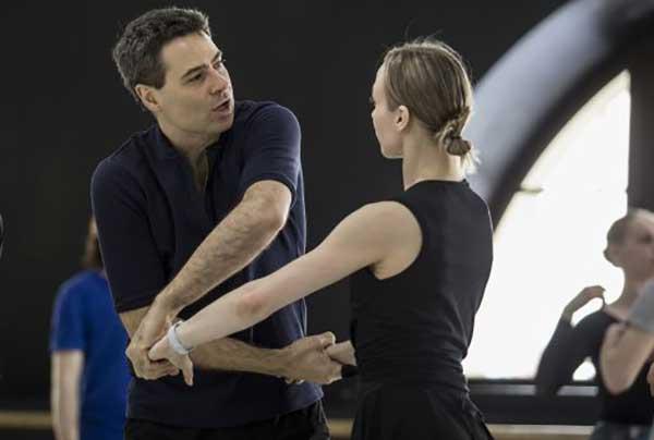 Премьера балета «Пиковая дама» в постановке аргентинского хореографа Иньяки Урлезаги в Санкт-Петербурге