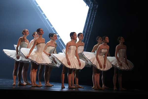 Мировая премьера балета Гойо Монтеро AUREA («Золотое сечение») в Московском музыкальном театре