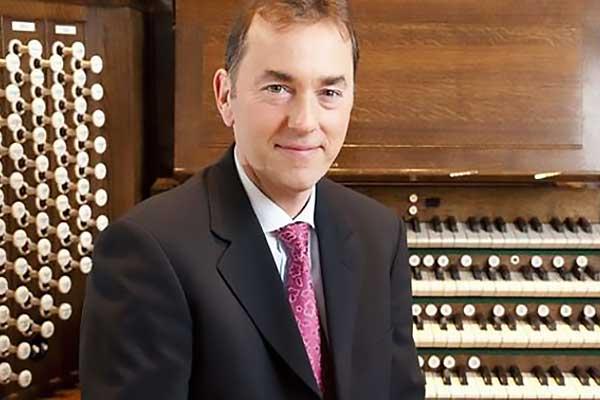 Британский органист Томас Троттер выступит в Москве в «Филармонии-2»