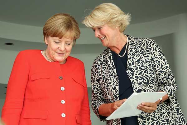 Германия выделила 50 миллиардов евро для артистов и работников сферы культуры