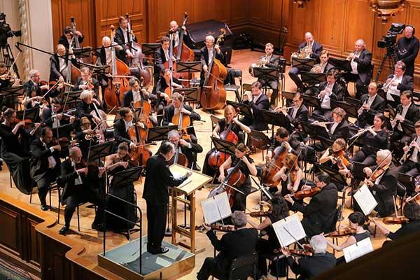 Оркестры на карантине: лучшие музыкальные коллективы страны открывают архивы в сети