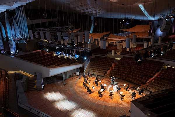 Семь оркестров Берлина договорились о том, как репетировать и выступать