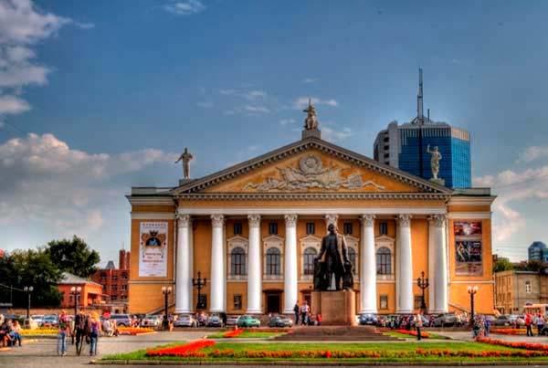 Новый зал для репетиций появился в Челябинском театре оперы и балета