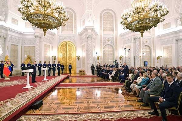 От Президента и Правительства: присуждены премии в области культуры и искусства