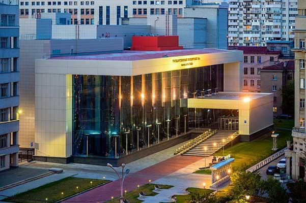 В Новосибирске — «новые-старые» руководители культуры, которых ждали и не ждали
